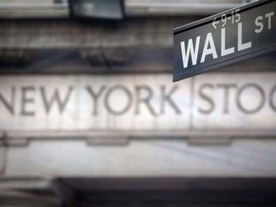 Wall Street ends sharply higher as Big Tech roars back