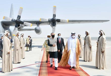 President Alvi arrives in UAE to inaugurate Pakistan Pavilion at Dubai Expo