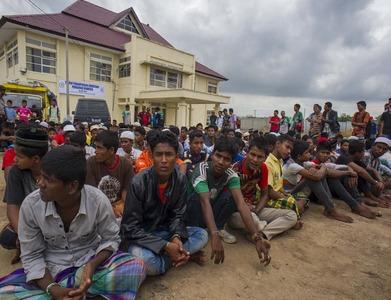 Bangladesh signs UN deal to help Rohingya refugees on island