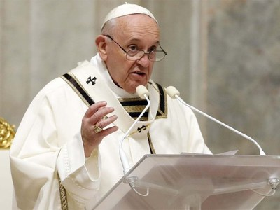 Pope meets Pelosi as abortion debate rages back home