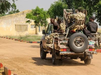 Gunmen kill 19 traders in Nigeria market raid