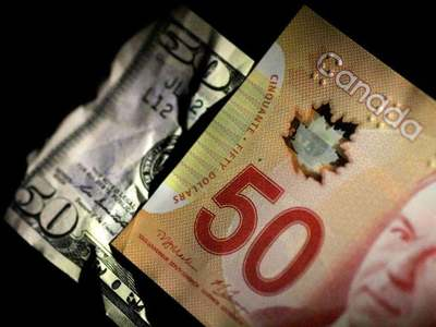 Canadian dollar plays catch-up with oil; climbs to 3-month high