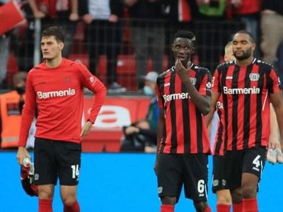Bayern smash five past Leverkusen to reclaim top spot in Bundesliga