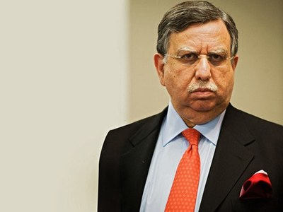 Notification issued: Shaukat Tarin appointed advisor to PM on finance and revenue