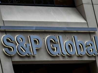 S&P, Nasdaq enjoy boost from big tech firms, Dow dips