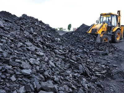 China eyes coal market intervention to curb price spikes