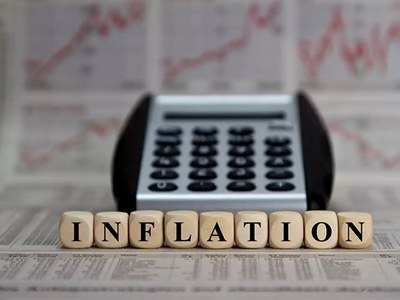 UK inflation dips but rate rise still forecast