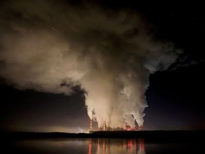 Investor group to pressure utilities on net zero emissions deadline