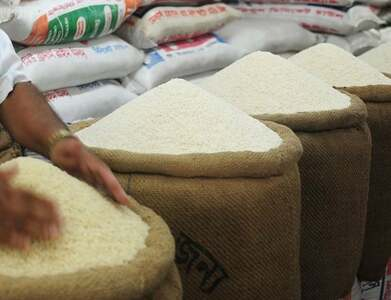 Asia Rice: Strong rupee lifts India prices to 3-month peak; Thai rates slip