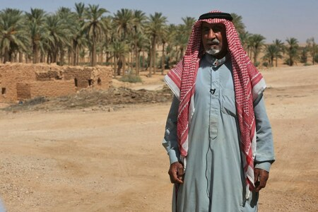 'Simple' life in Iraqi desert village cut off from the grid
