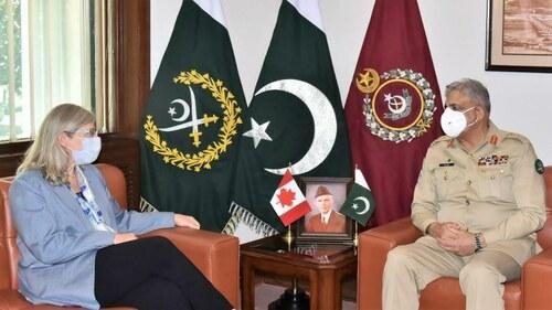 Canadian High Commissioner calls on COAS Bajwa