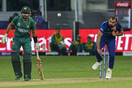Indian cricket Muslim star Shami 'horribly abused' online
