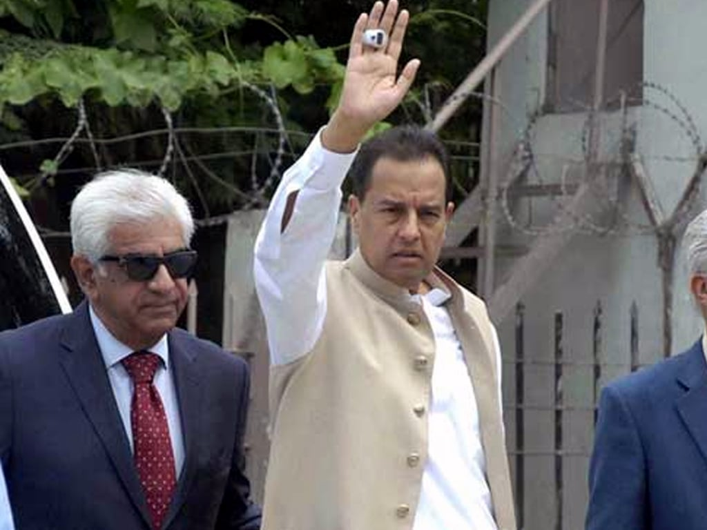 SBC terms Sindh police action over Safdar arrest 'illegal'