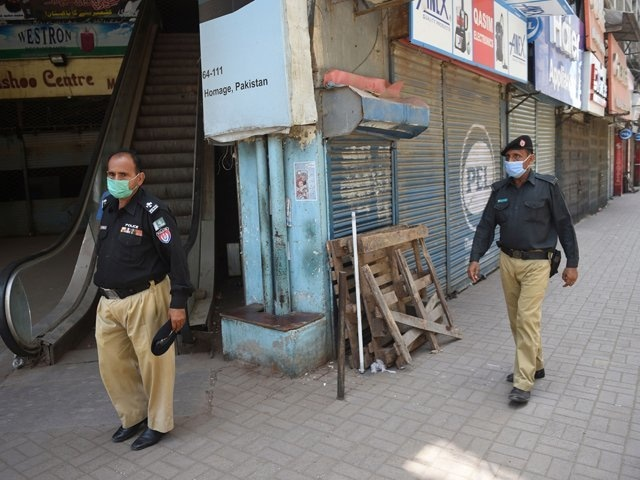 COVID-19 outbreak: Various localities in Karachi's district central go under smart lockdown