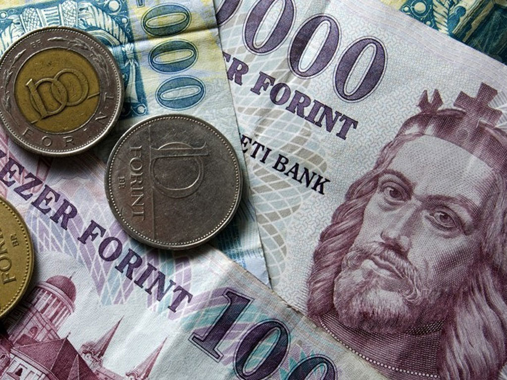 FX holds gains ahead of ECB meeting