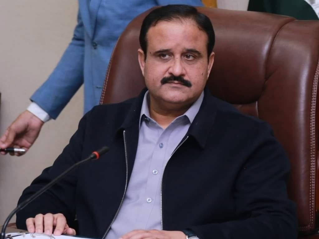 Nation stands side by side with Kashmiris: CM