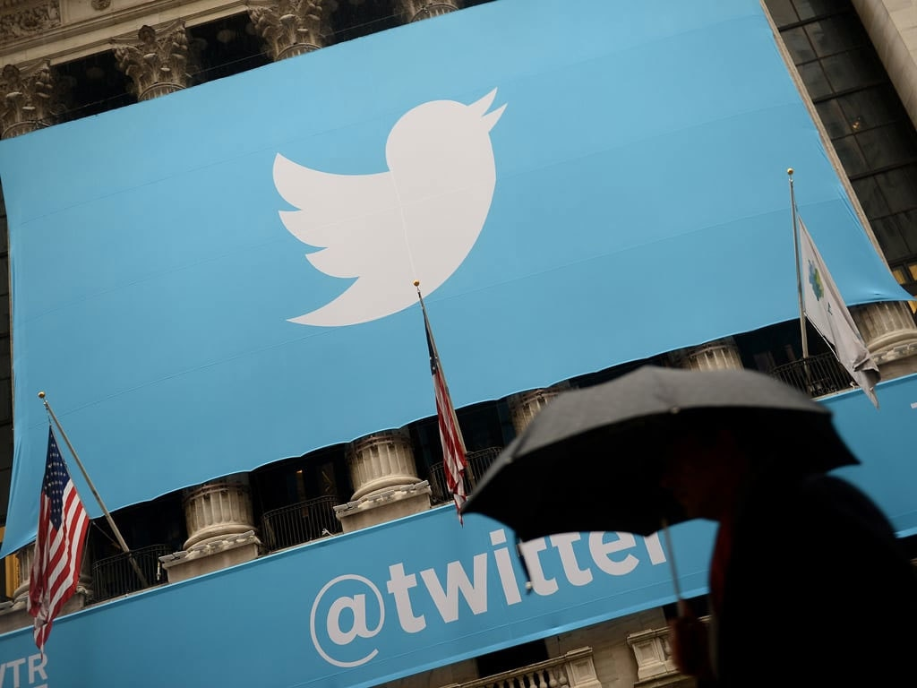 Twitter will explore letting users receive payments from followers
