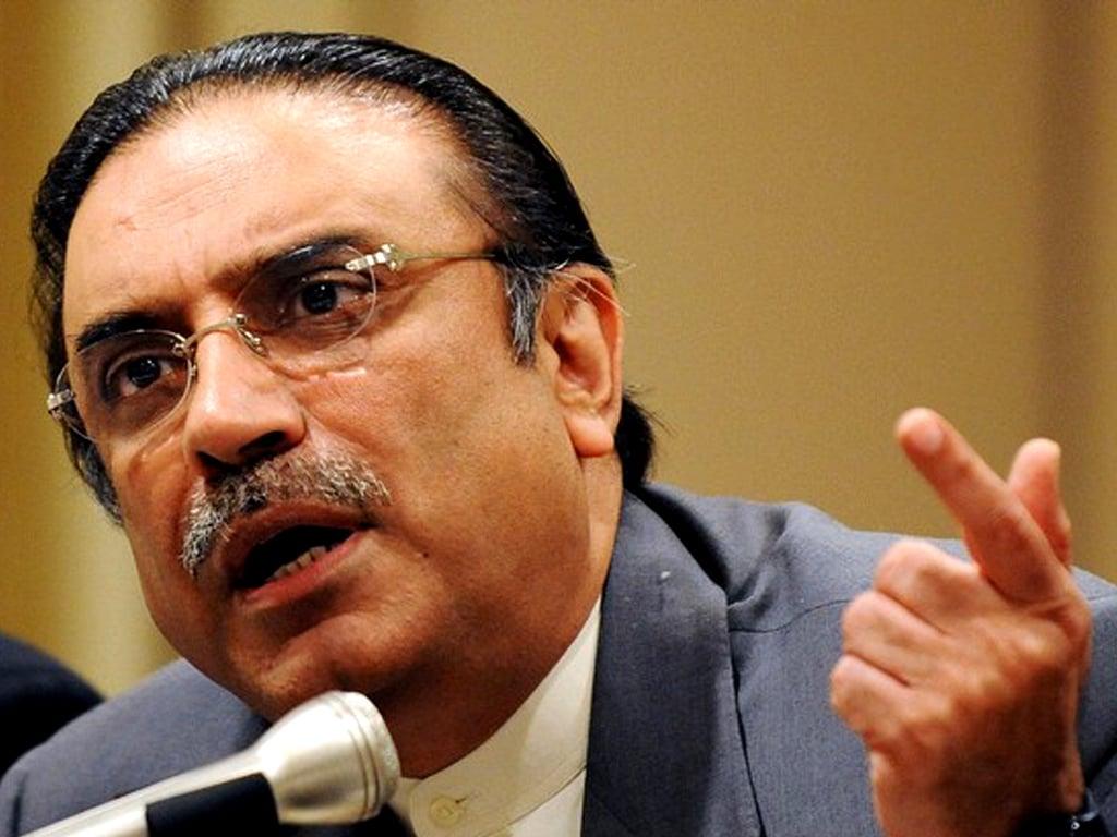 Zardari, Fazl discuss Senate polls, long march