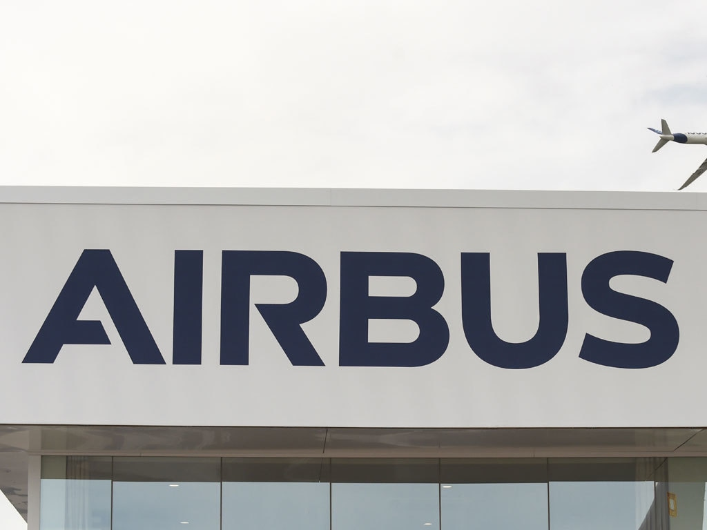 Airbus CEO urges trade war ceasefire, easing of COVID travel bans