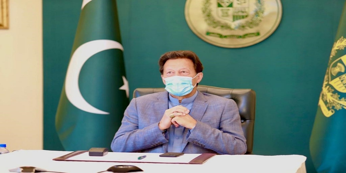 There is need to change current COVID-19 vaccination strategies, PM Khan tells D-8 summit session