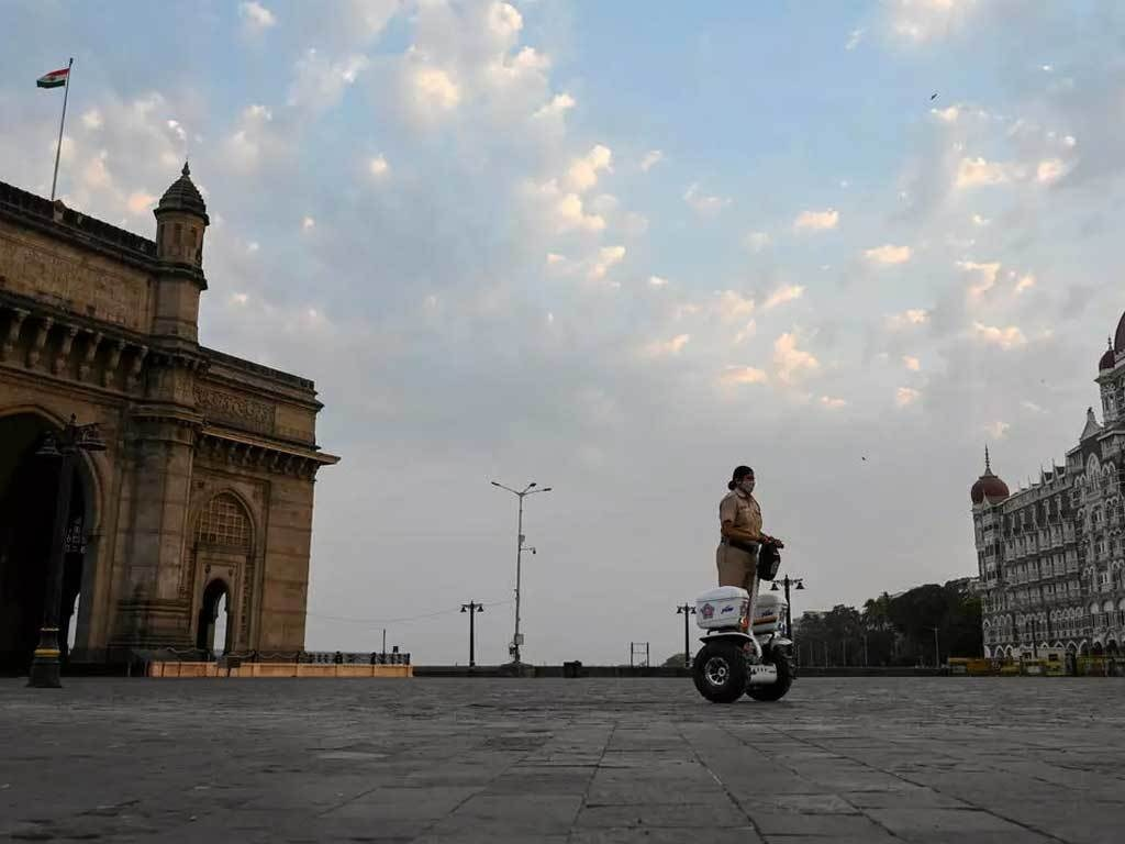 Mumbai in lockdown as Indian vaccines run short
