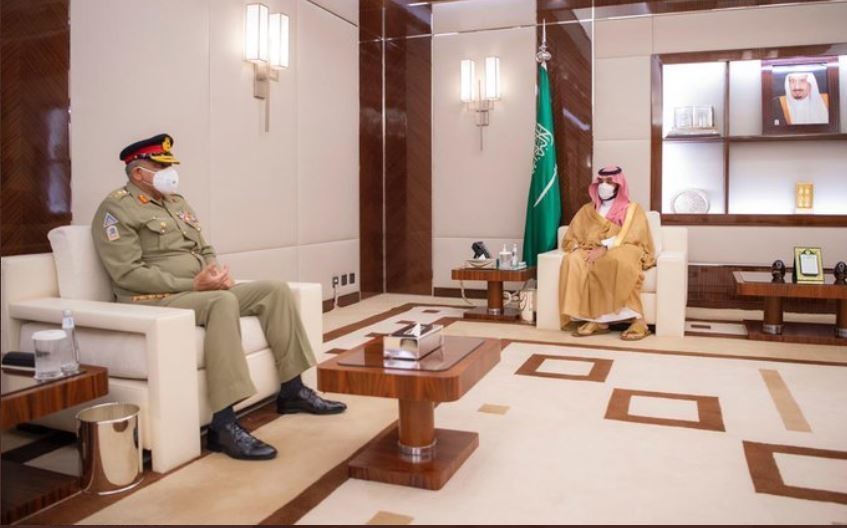 COAS meets crown prince, says Pakistan resolute in its commitment to safeguard sovereignty of KSA