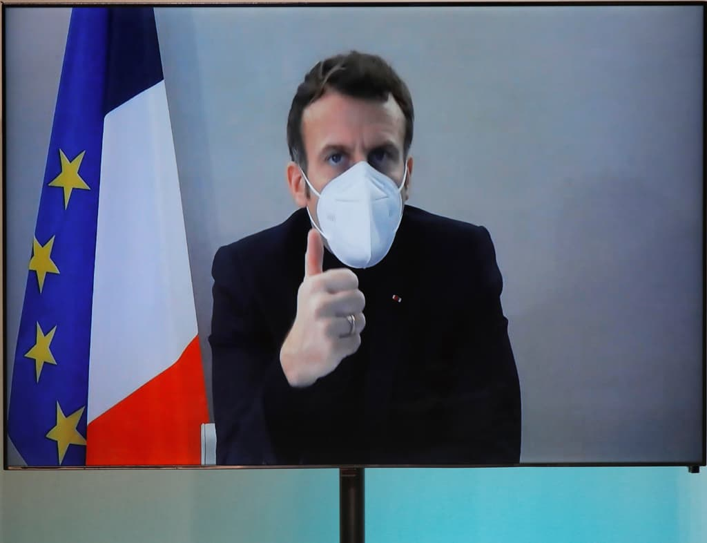 Macron calls for vaccine makers to donate 10pc of doses