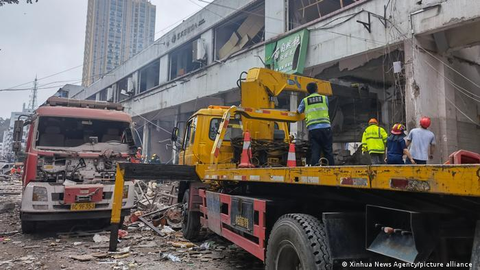 Gas blast in China kills 12, rescue operation ongoing