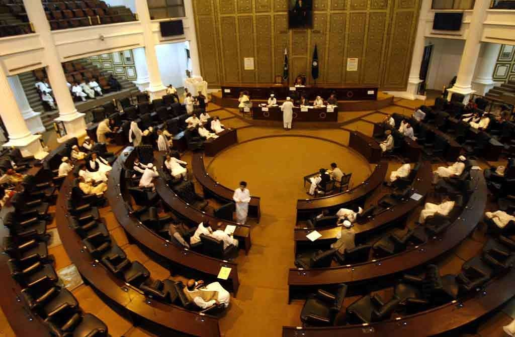 KP govt to provide interest-free loans to youths