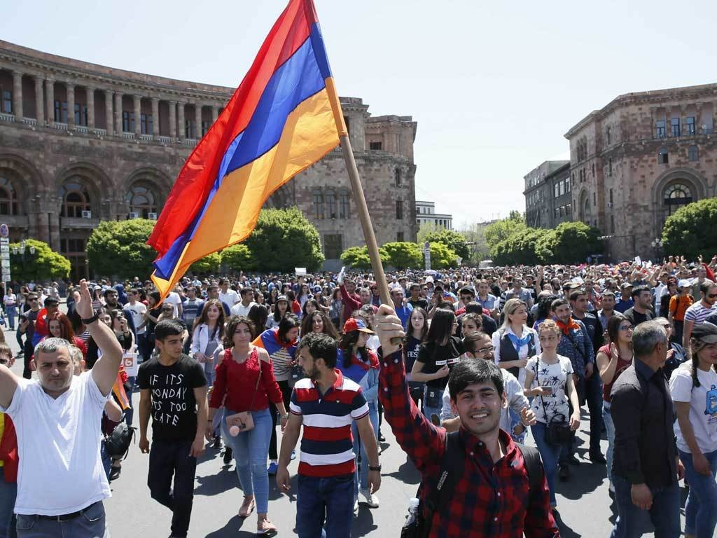 Armenia opposition vows to fight PM in parliament and streets