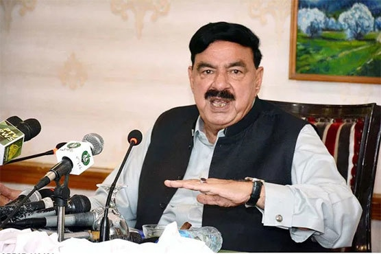 Only those vaccinated against Covid can cross Pakistan borders: Rashid