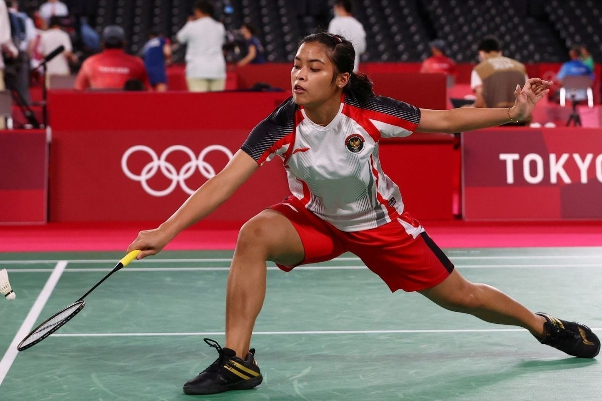 Gregoria Mariska Tunjung of Indonesia in action during the match against Lianne Tan of Belgium.
