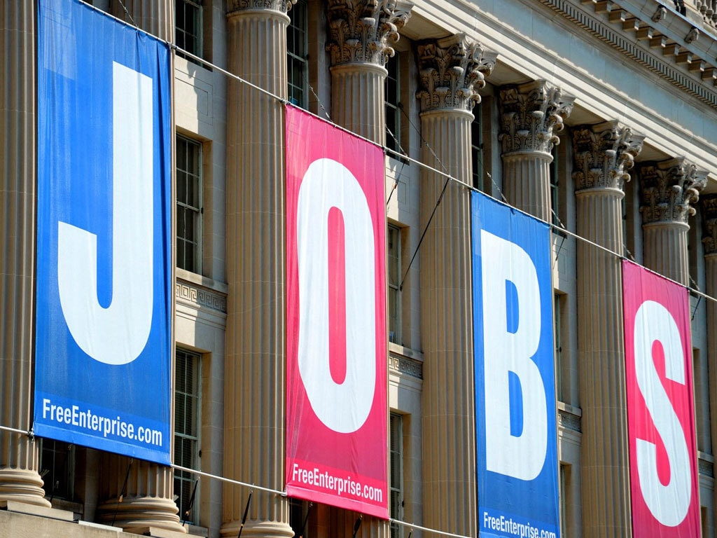 US unemployment filings decline for second straight week