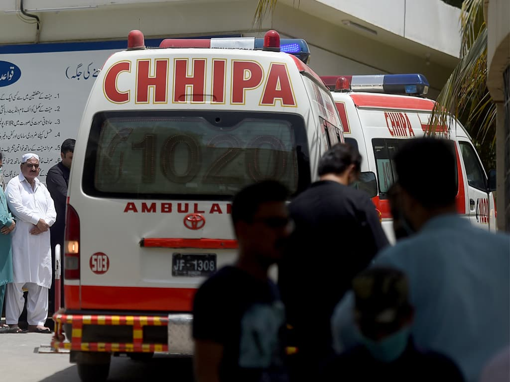 Pakistan reports 141 Covid-19 deaths, highest in nearly four months