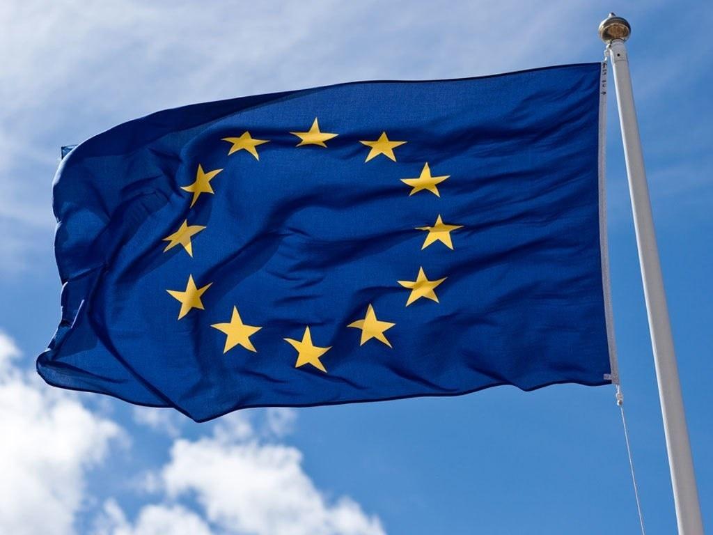 Euro zone bond yields steady; all focus on US data, Powell