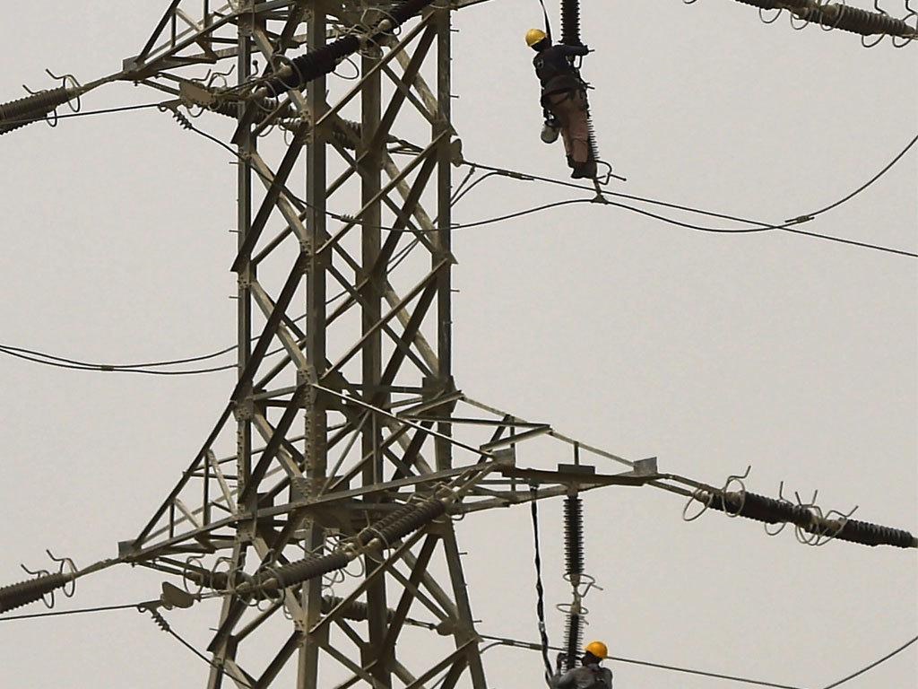 Power breakdowns cut water supply to Karachi by 40pc