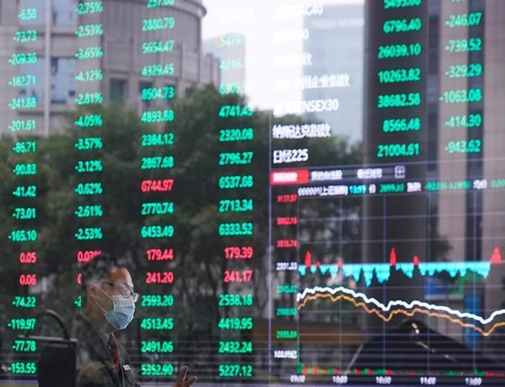 China stocks down over 1pc on Evergrande fallout fears