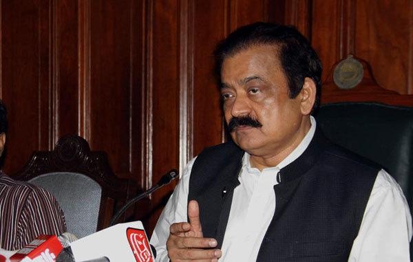 Sanaullah steps up criticism of PTI govt