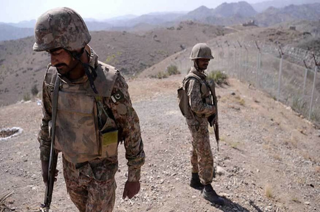 One soldier martyred, two injured in terrorist attack on FC check post in Mach