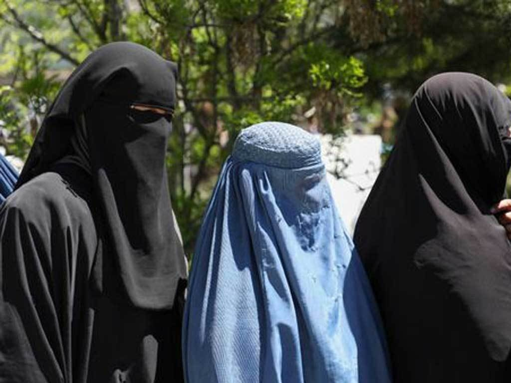 Taliban to adopt 'pro-women' 1964 constitution