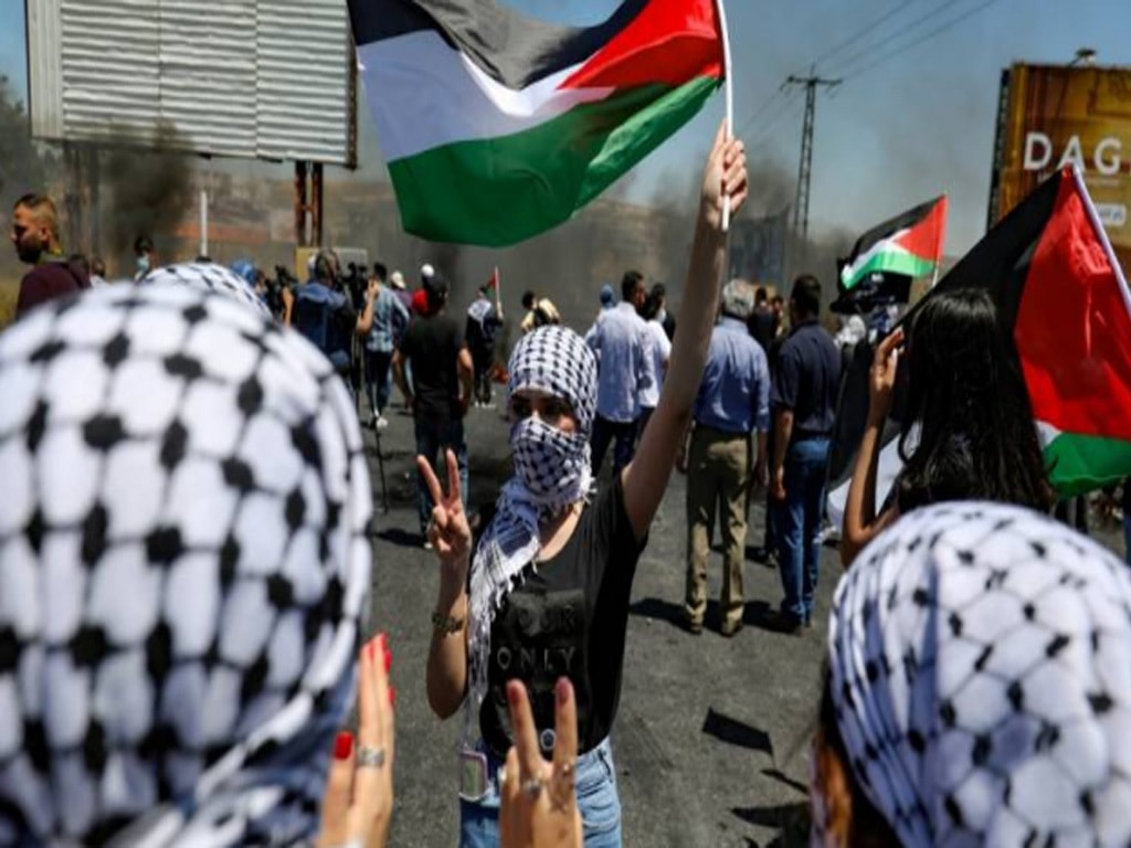 Israeli forces kill three Palestinians in day of unrest