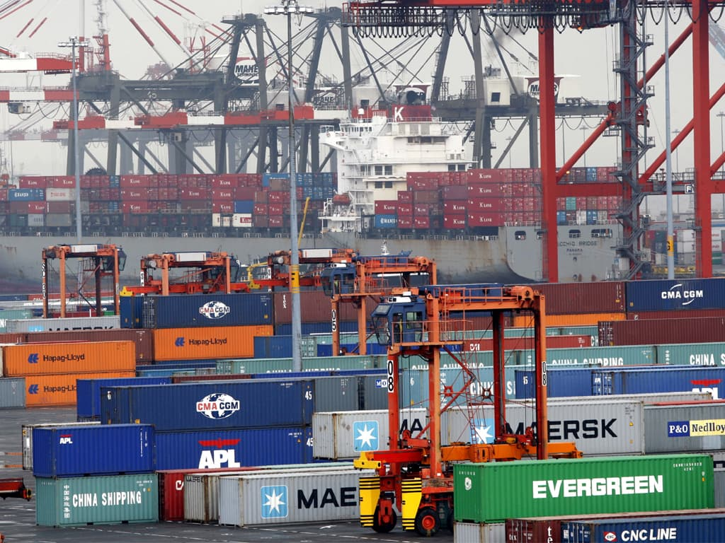 India's trade deficit widens to record $22.6bn in September