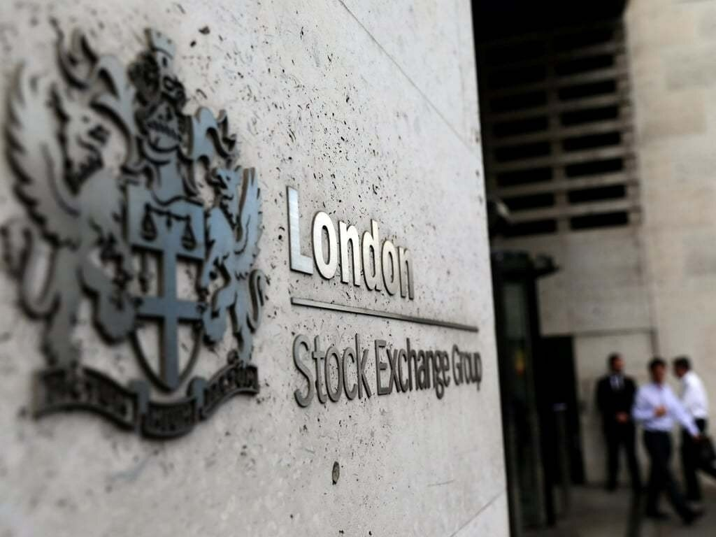 Miners pull London's FTSE 100 lower; Unilever gains
