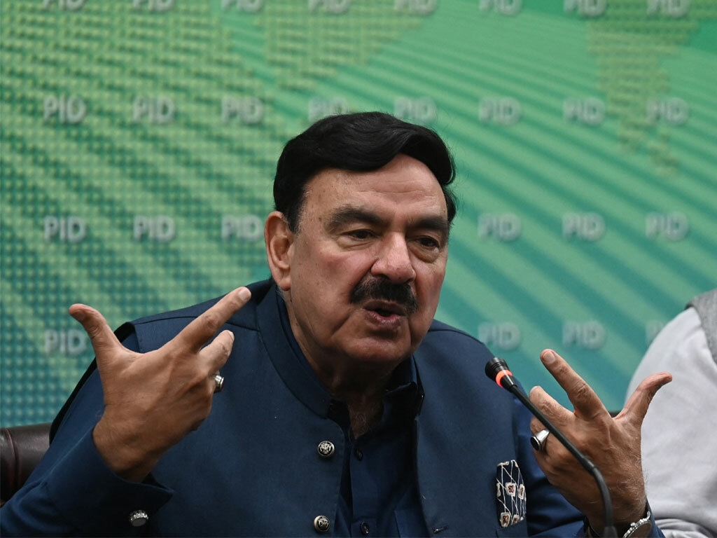 TLP issue: PM has summoned cabinet meeting on Wednesday, says Rashid