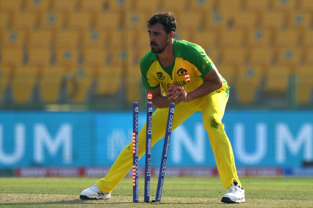 Australia's Starc a doubt for Sri Lanka clash after being hit by ball