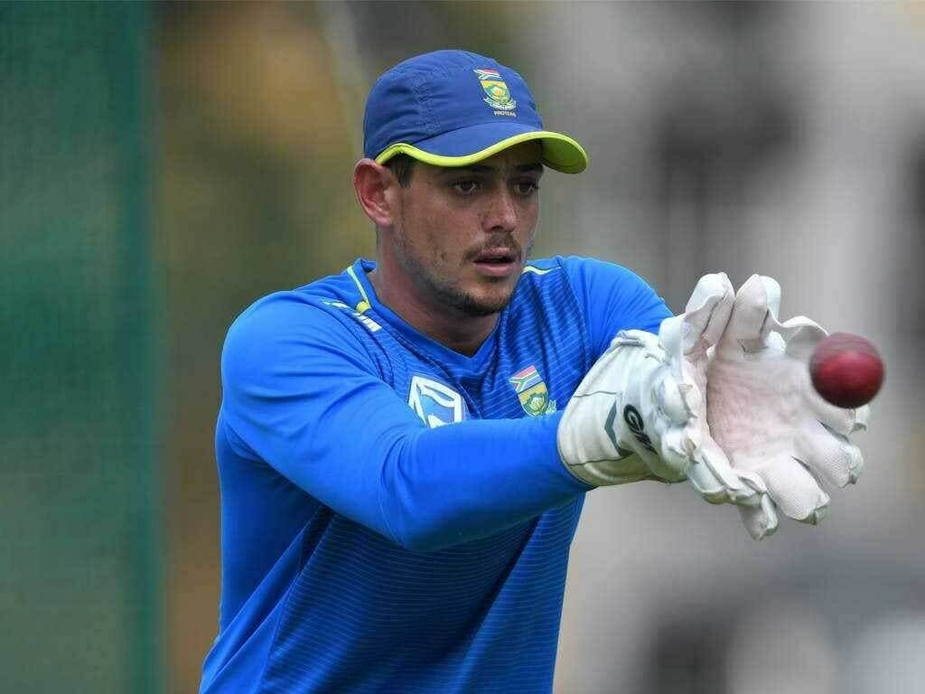 South Africa's de Kock says sorry for refusing to take knee