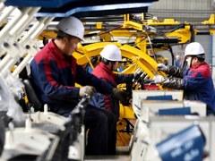 Greek industrial output drops 9.9 pct y/y in April