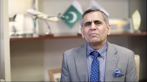 Cabinet approves appointment of Arshad Malik as PIA chief for three years
