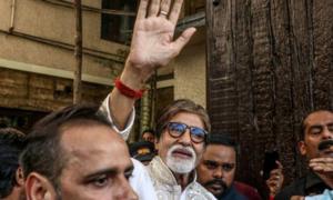 Amitabh Bachchan threatens trolls wishing him death from coronavirus with 'extermination'