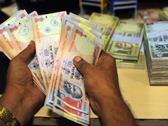 India posts record fiscal deficit